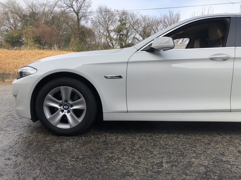 BMW5シリーズにアイバッハのダウンサスを装着(F10)